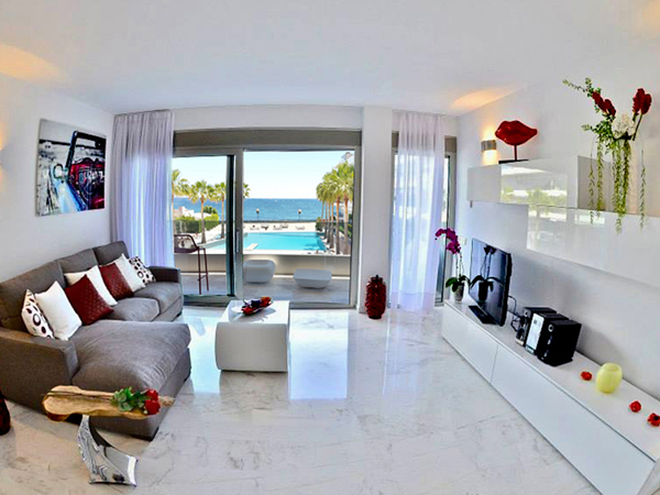 The Living Room with Sea & Pool View